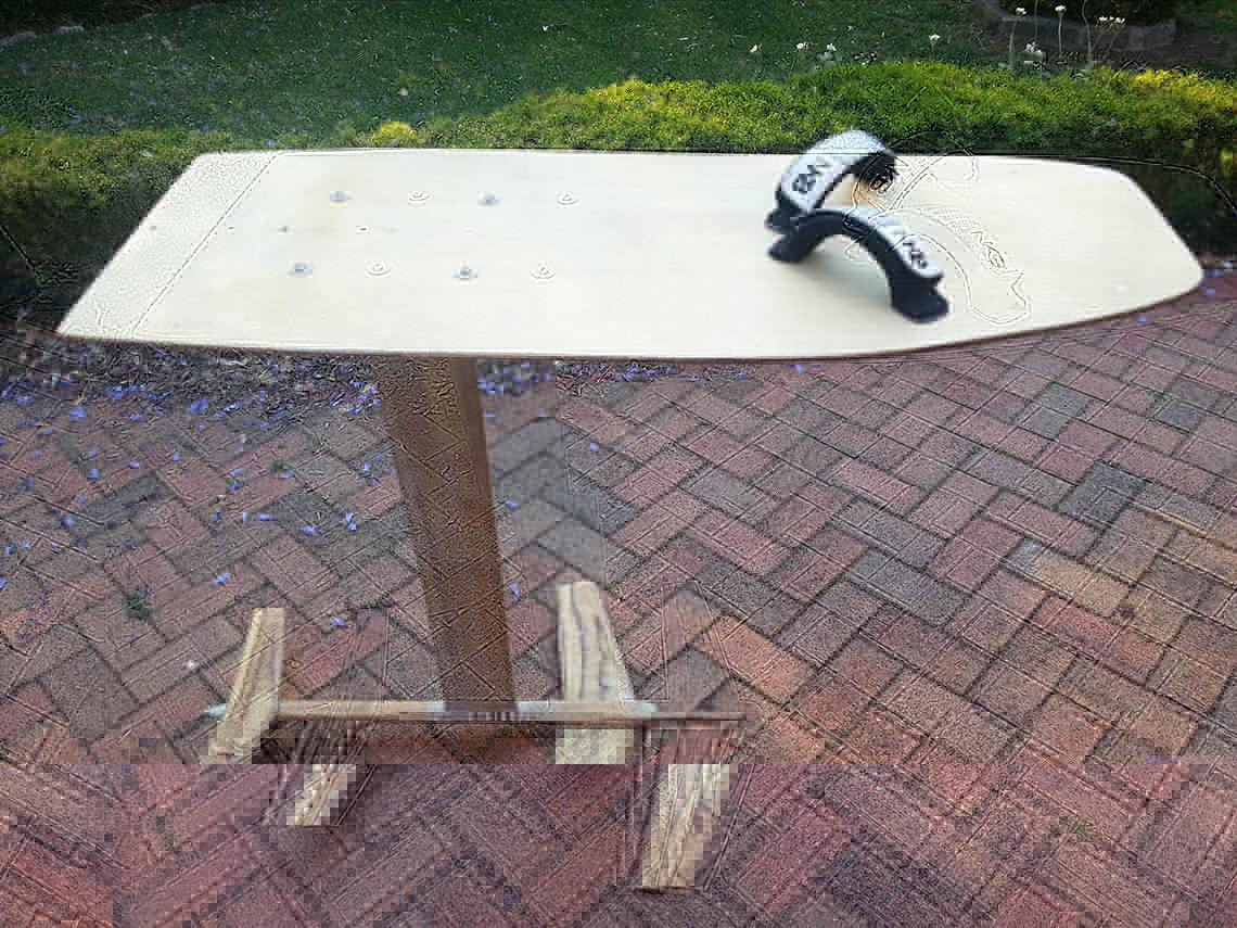 hydrofoil board