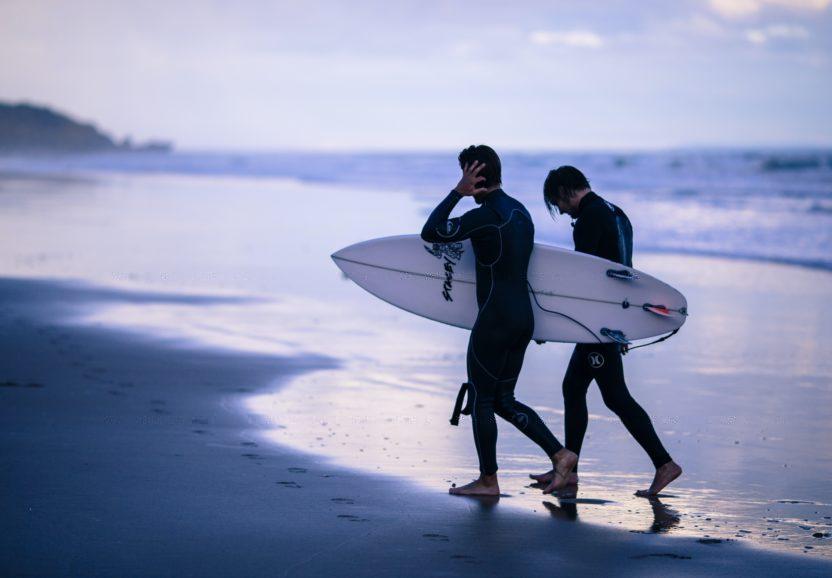 Как научиться кататься на серфе – советы для новичков